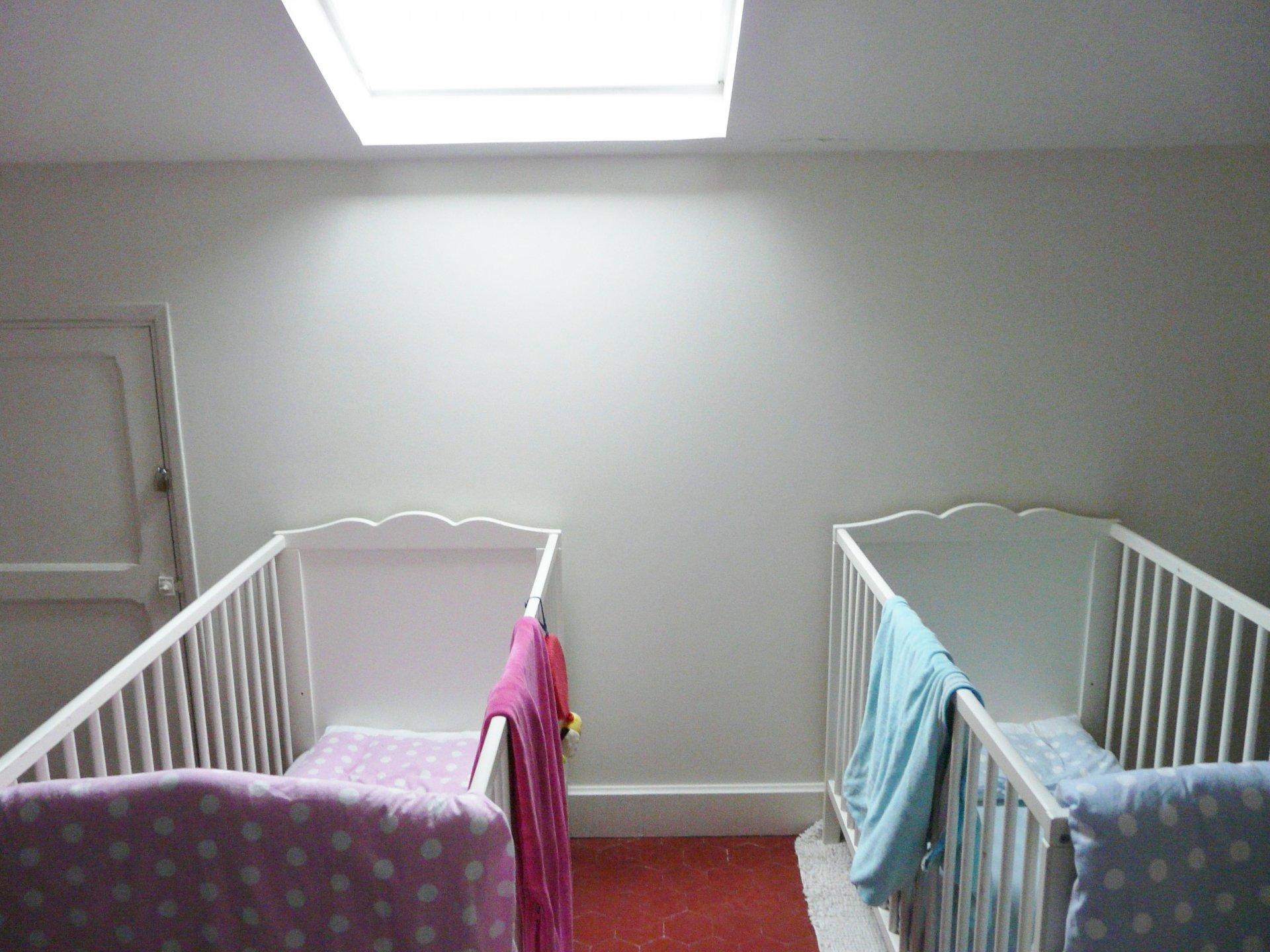 Bedroom 3, tile