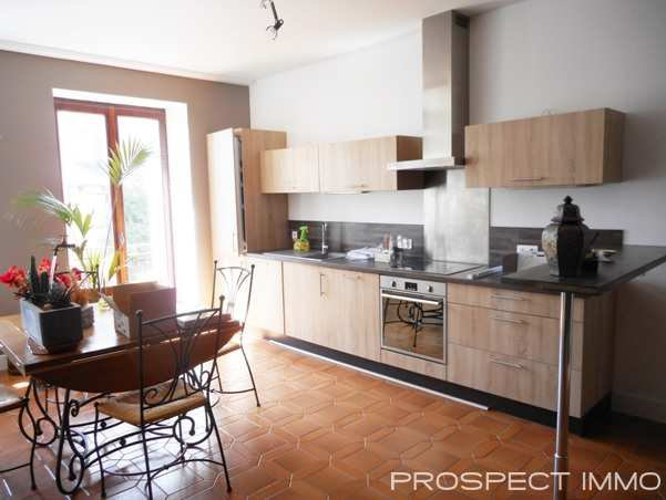 Sale Village house - Salles Curan