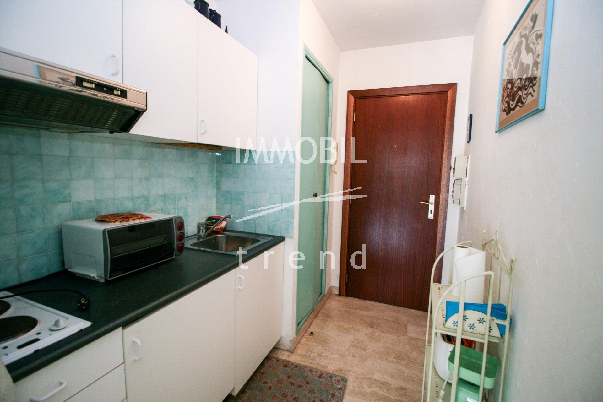 Immobilier Roquebrune Cap Martin - A vendre jolie studio avec terrasse et parking