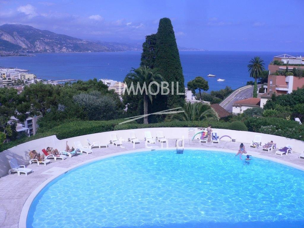 Roquebrune Cap Martin - one bedroom flat with terrace and parking