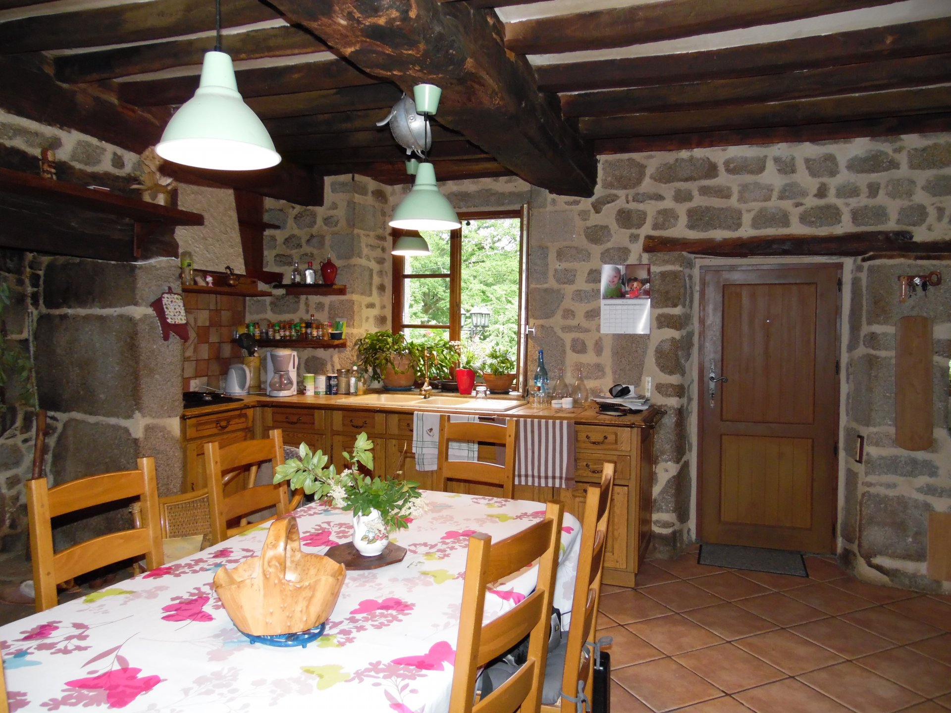 Beautiful  nature stone house with large garden (5200m²) for sale
