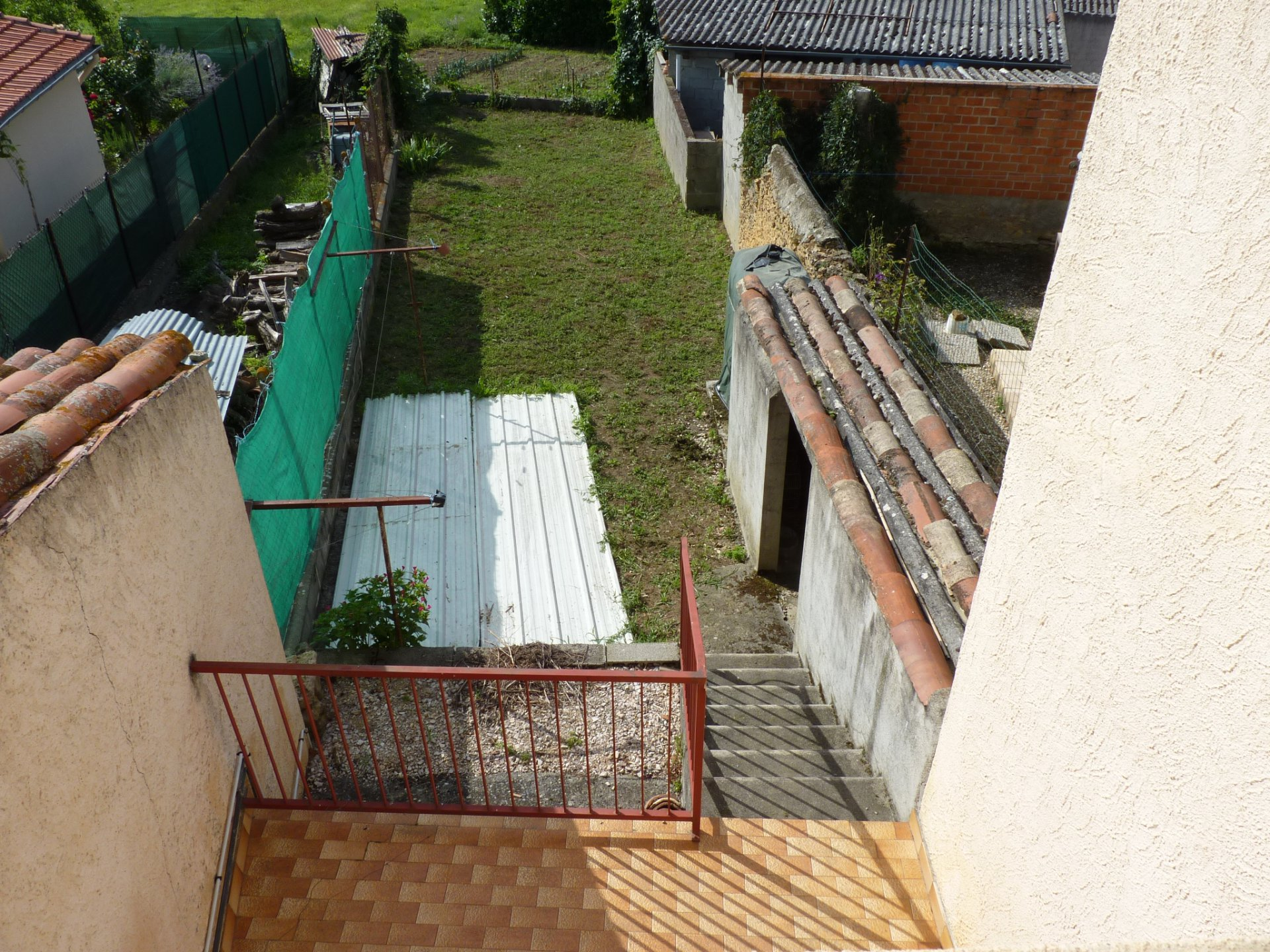 Close to Aurignac, village house with small garden