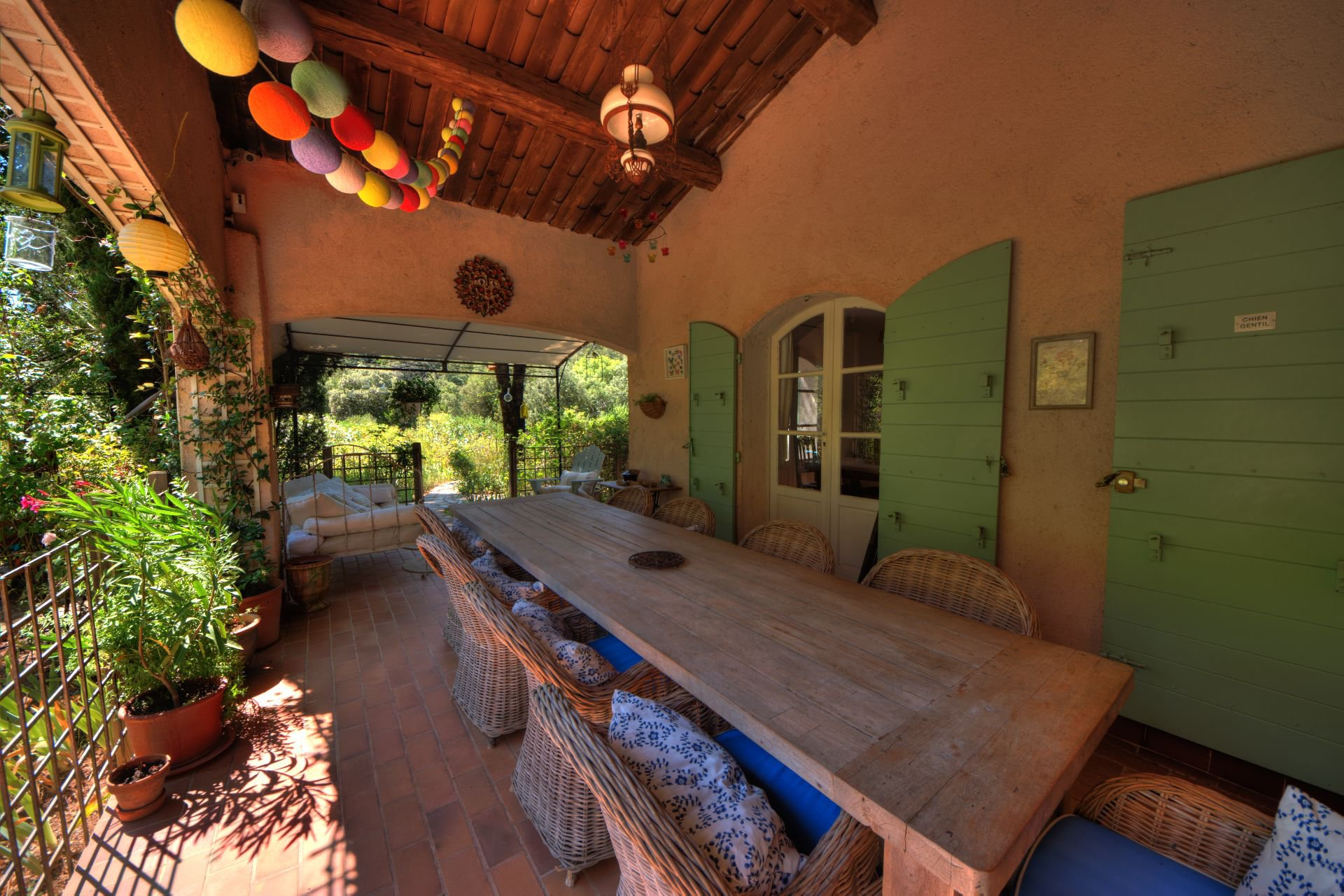 Terrace of the villa in full nature the Thoronet