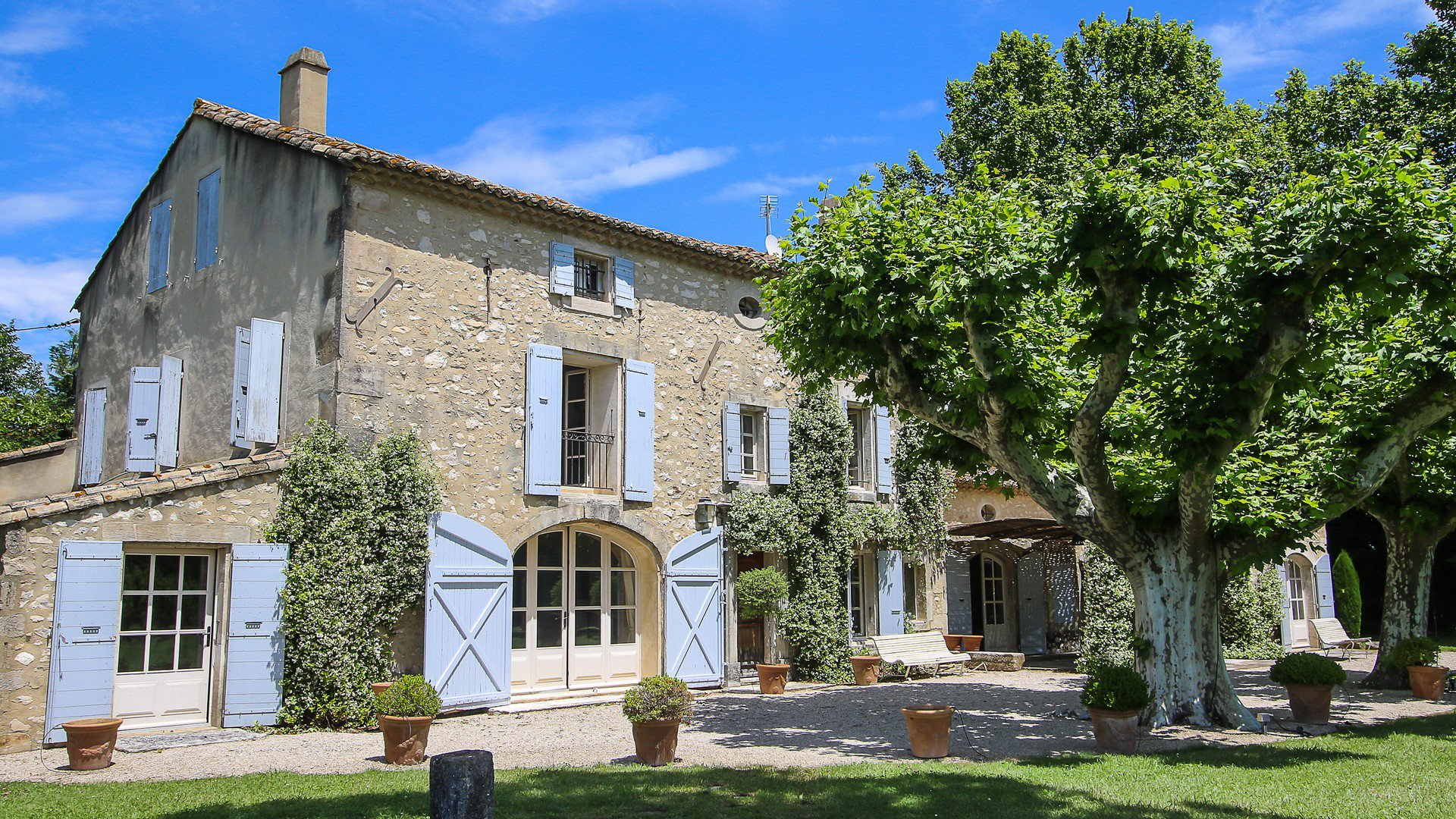 18th century Mas 10 minutes from Saint Remy de Provence