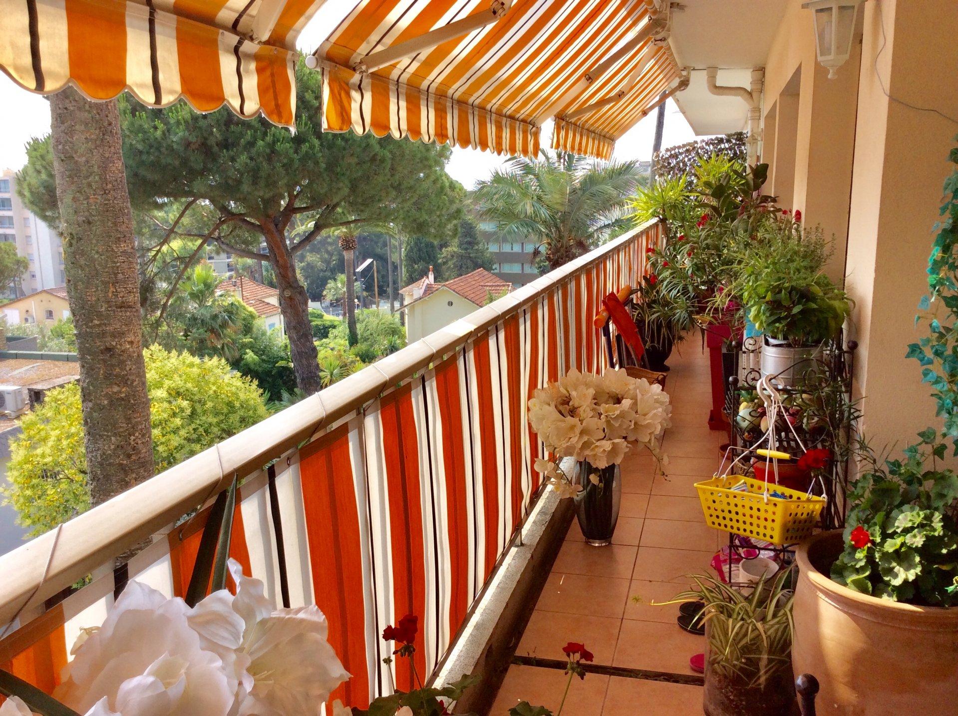 CANNES  CROIX DES GARDES RAVISSANT 3P 79.50 m² + Terrasse