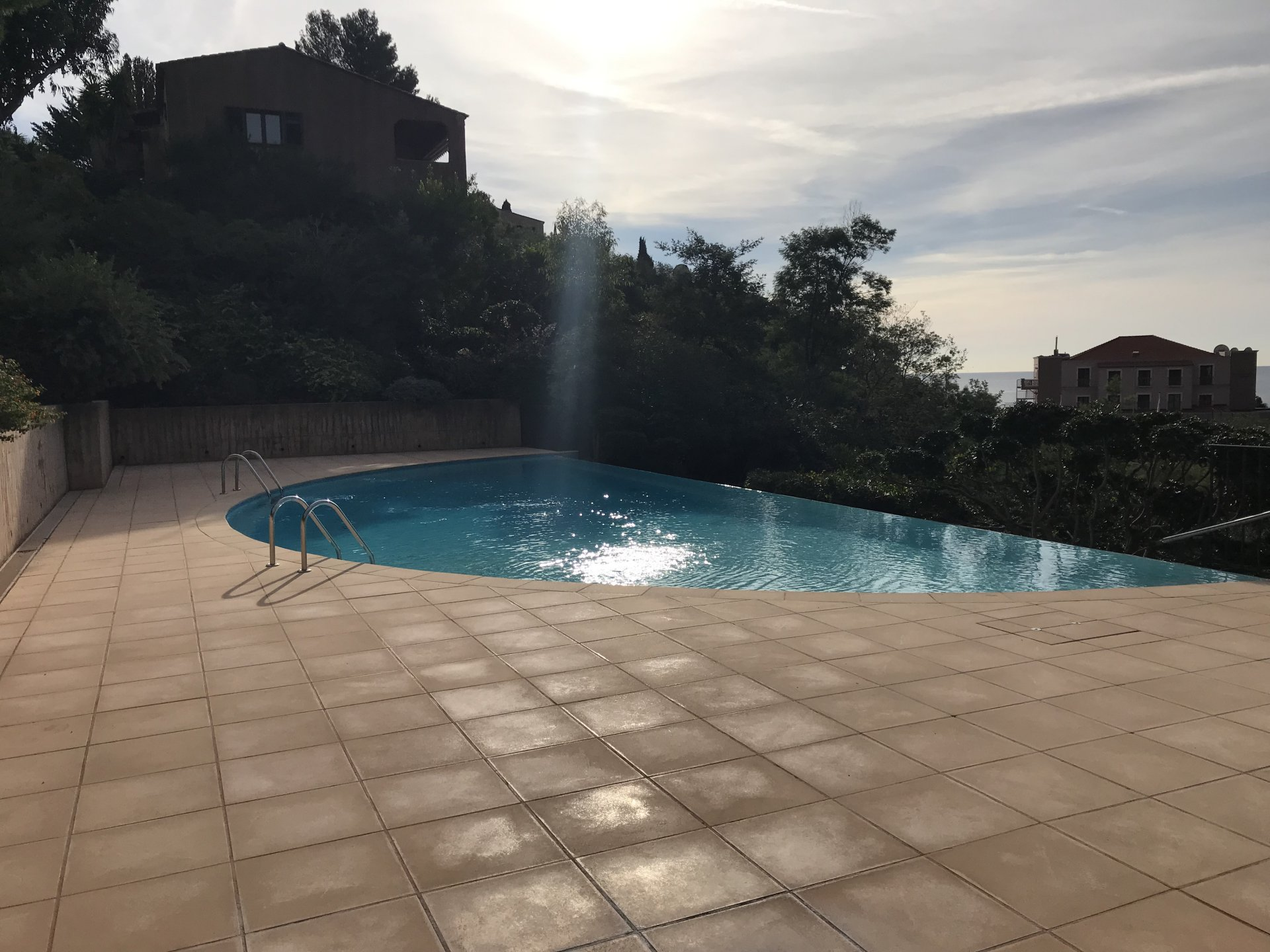 3-room semi-detached villa furnished with terraces