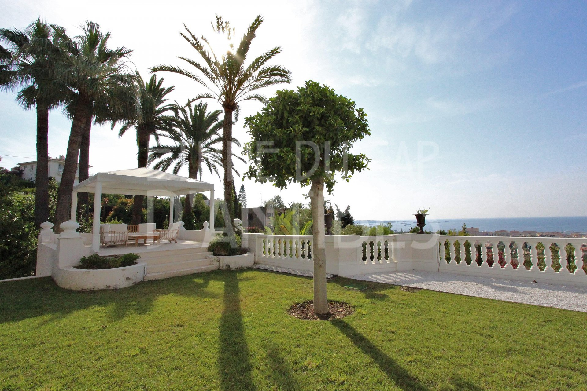 Affitto stagionale Pensione - Golfe-Juan