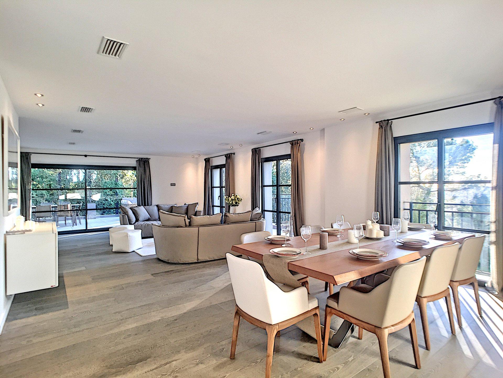 Secteur recherché du Castellaras - Luxueuse villa neuve
