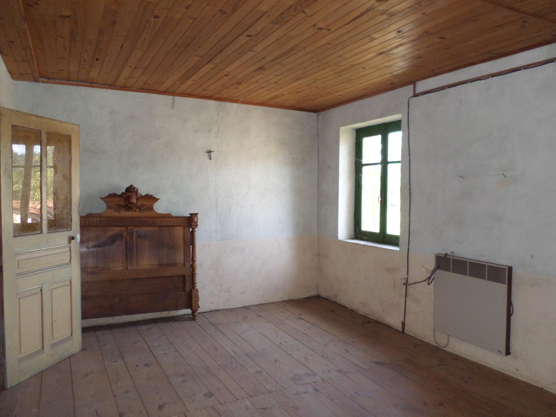 Ancien corps de ferme à rénover