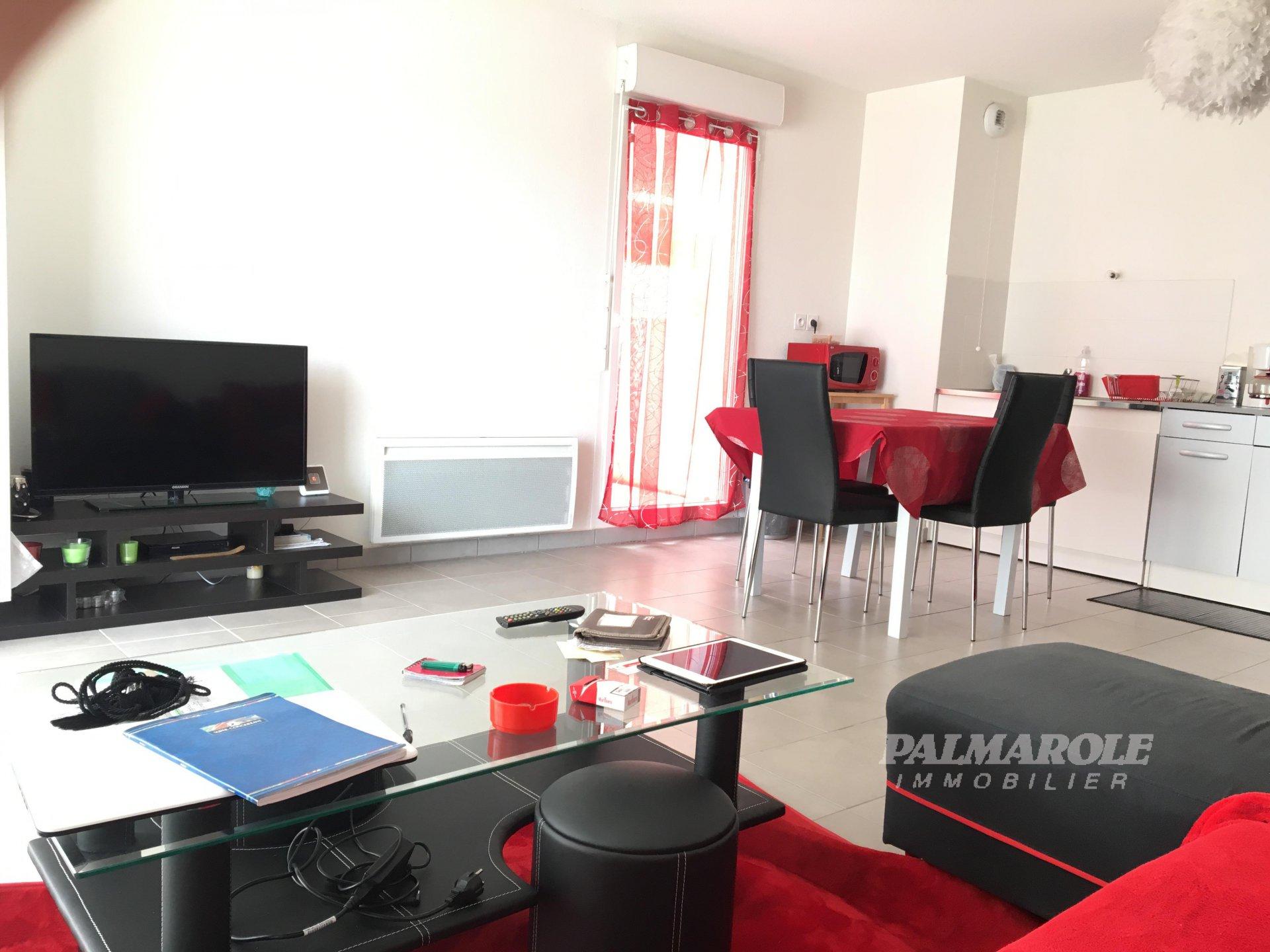 Perpignan , F3 de 70m² / terrasse 100 m² / parking