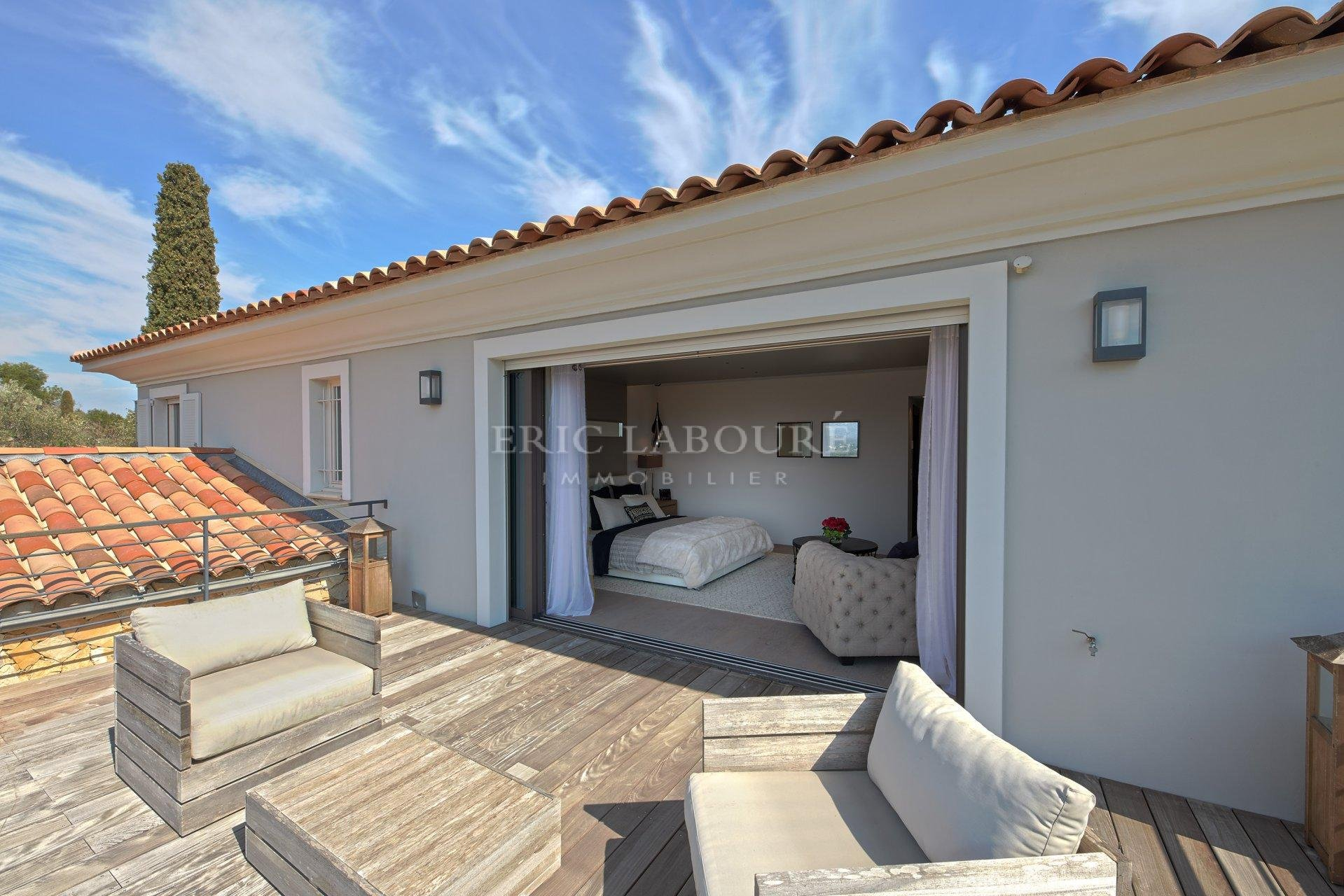 Sale luxurious authentic provencale villa - Beautiful view