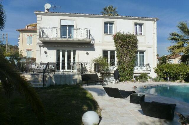Location saisonnière Maison - Cannes