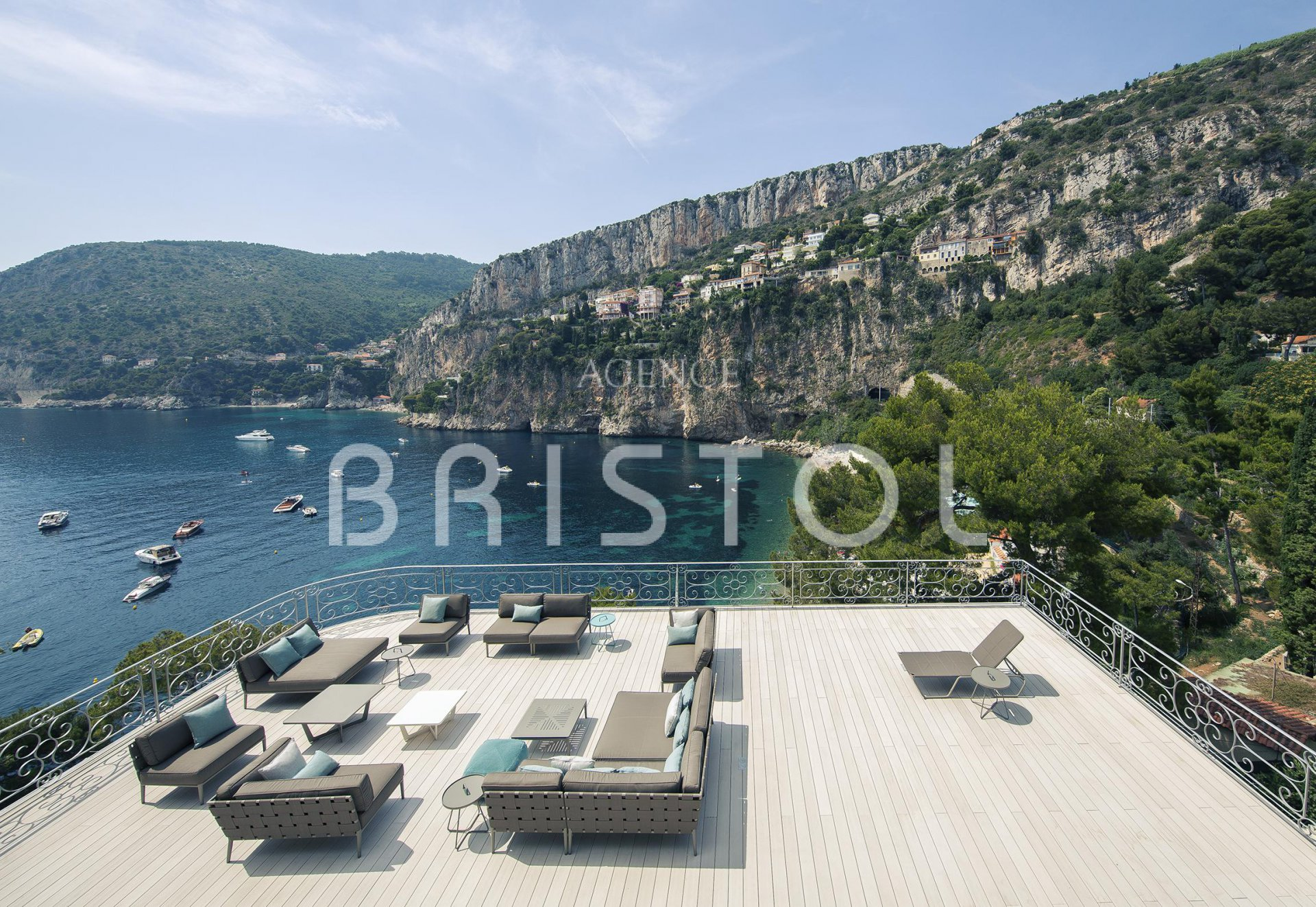 CAP D AIL LUXURY PROPERTY WATERFRONT CLOSE TO MONACO