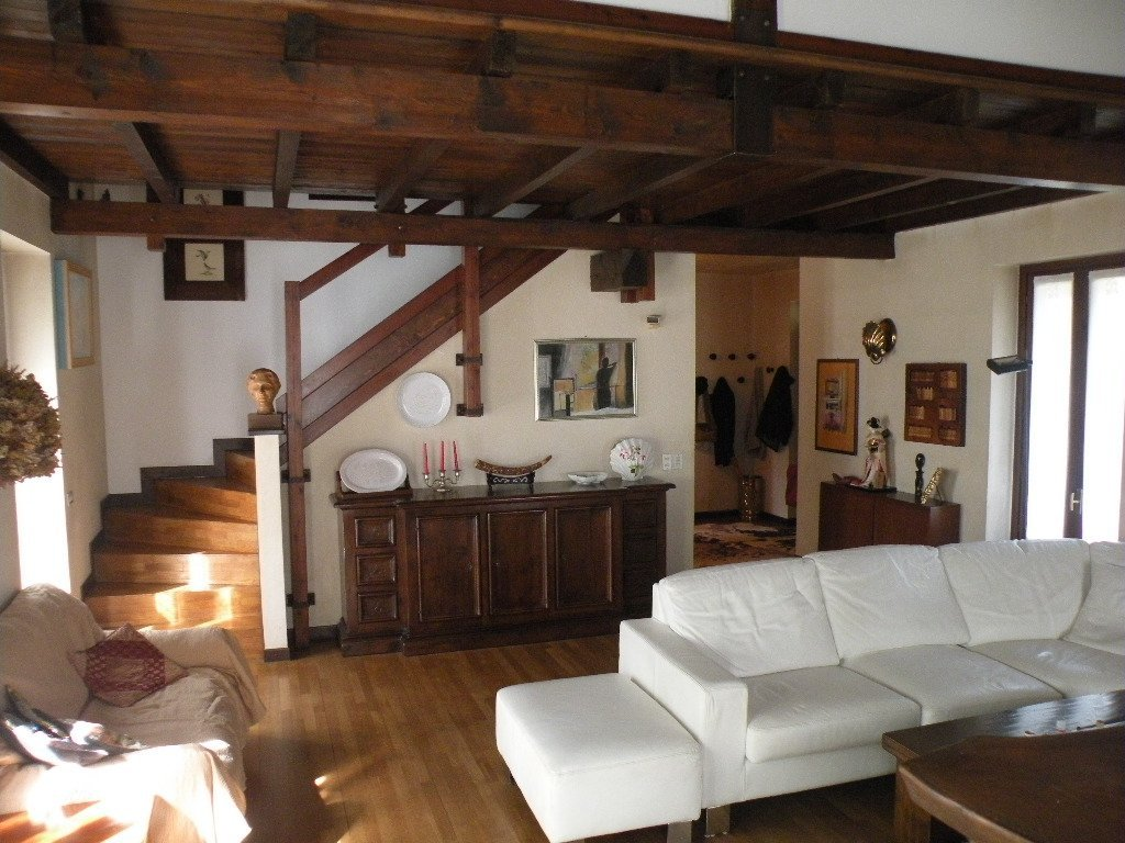 Vendita Villa - Casale Litta   - Italia