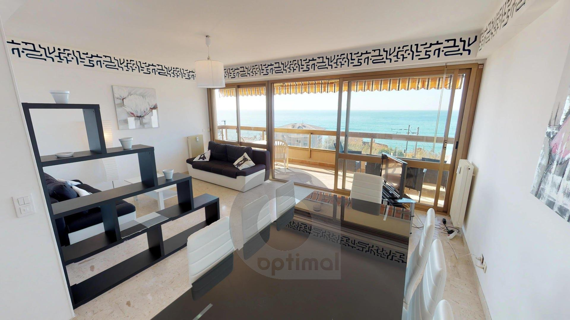 Beautiful and modern 2 rooms apartment with big seafront terrace and private parking place