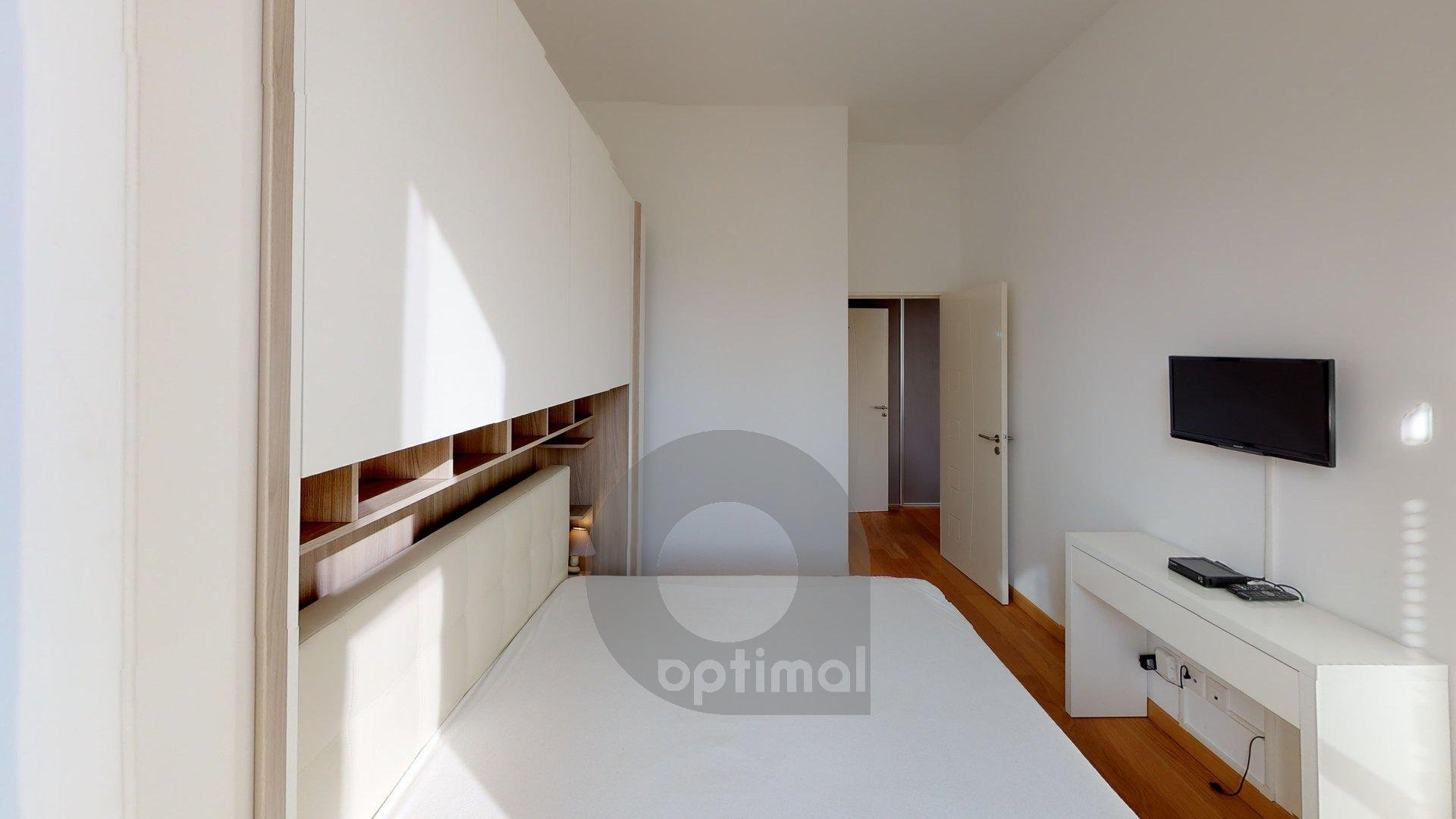 2 rooms apartment in new building with swimming pool in the center