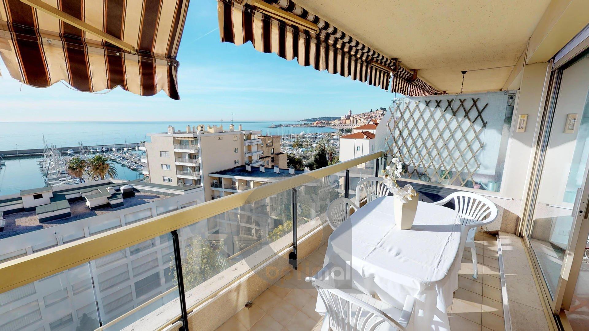 Posto tranquillo, terrazzo vista mare panoramica, piscina e box chiuso