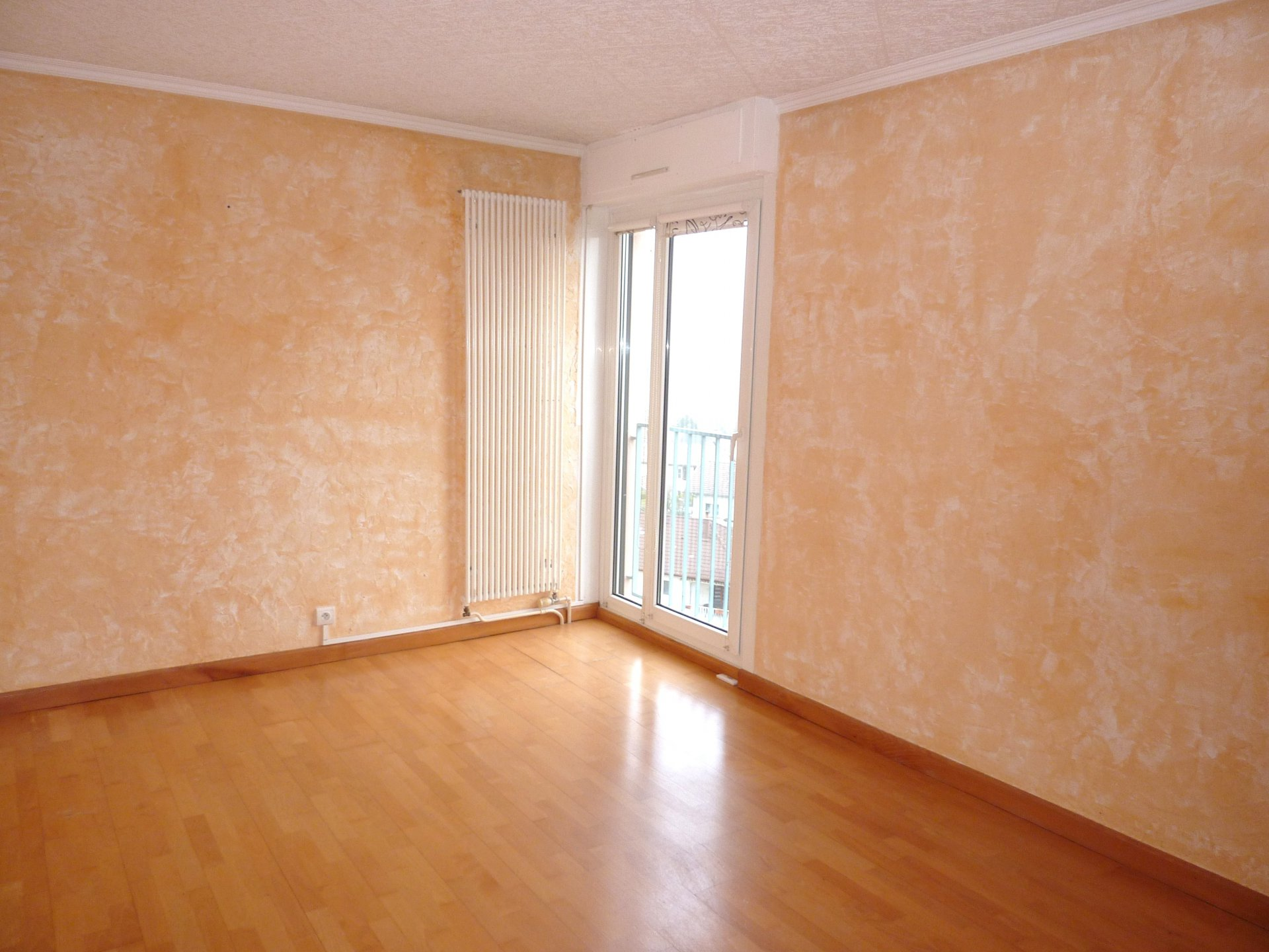 Rental Apartment - Grand-Charmont