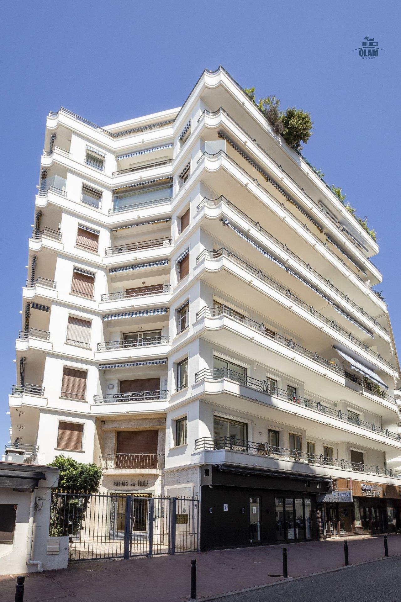 Cannes : beautiful 2 bedrooms appartement glimpse seaview terrace city center