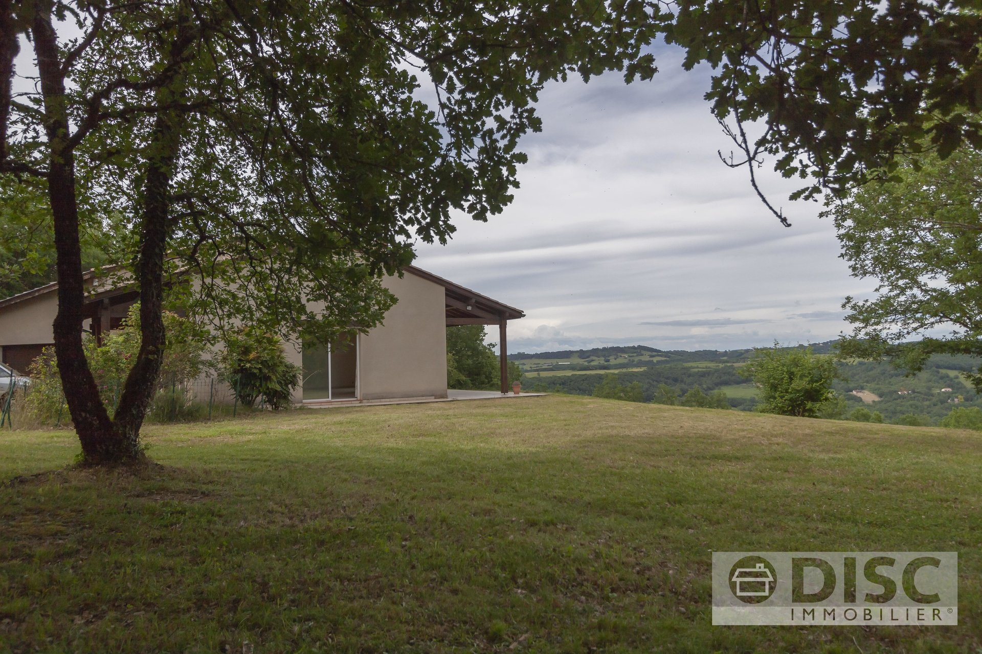 Magnificent and very comfortable villa on the outskirts of Saint Antonin Noble Val.