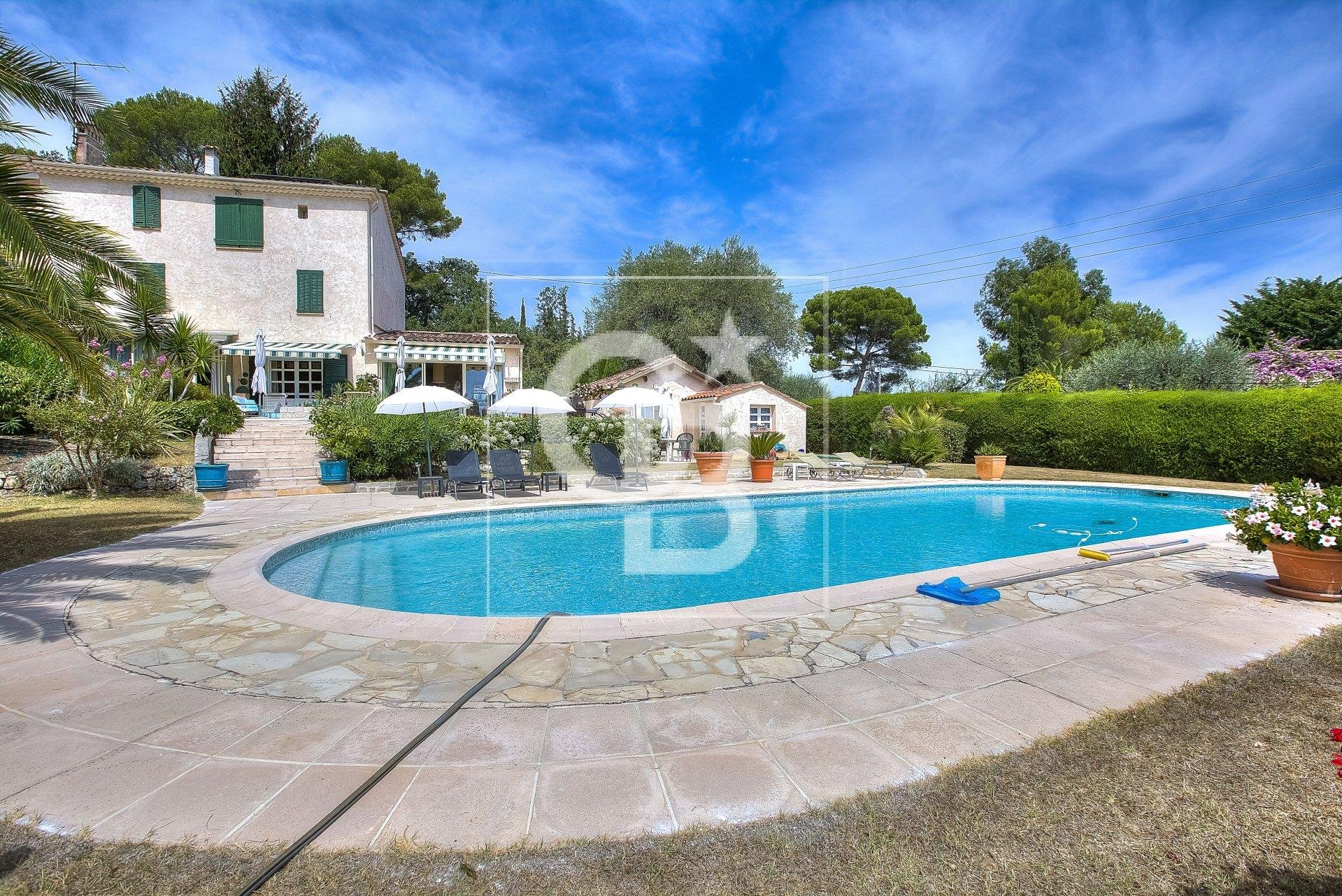 Nice and renovated old bastide with Seaview