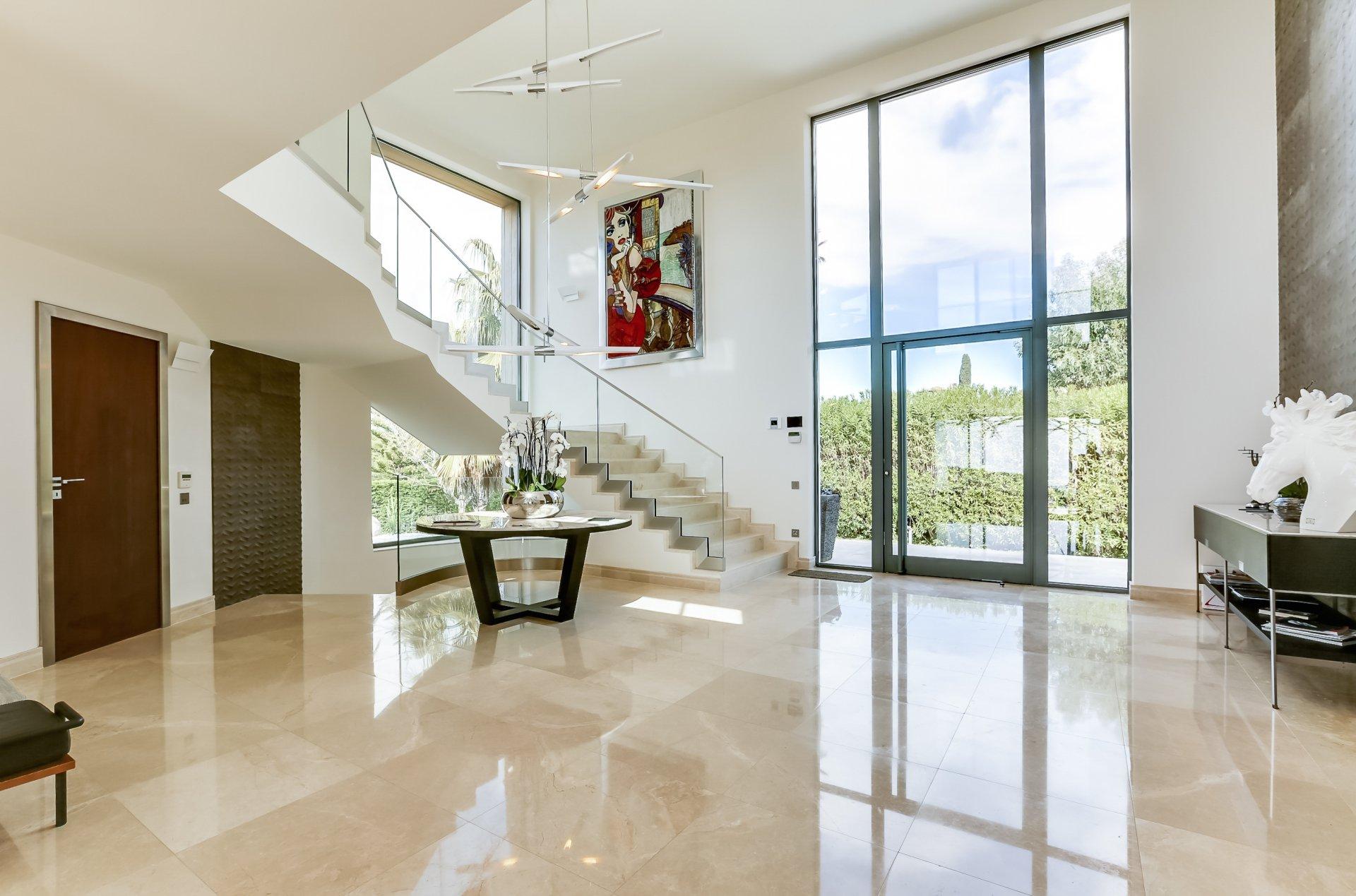 Ventilateur de plafond, lumière naturelle