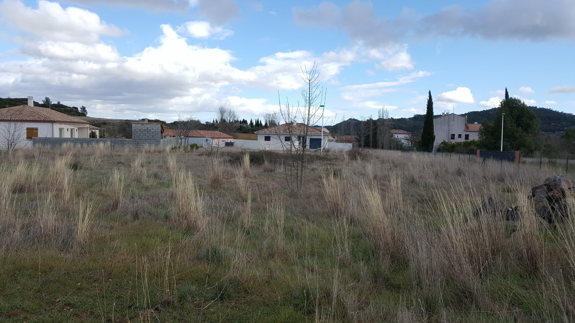 Constructible plot in Cessenon sur Orb