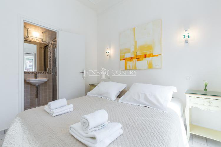 3 bedroom Apartment for sale in the Banane, Cannes