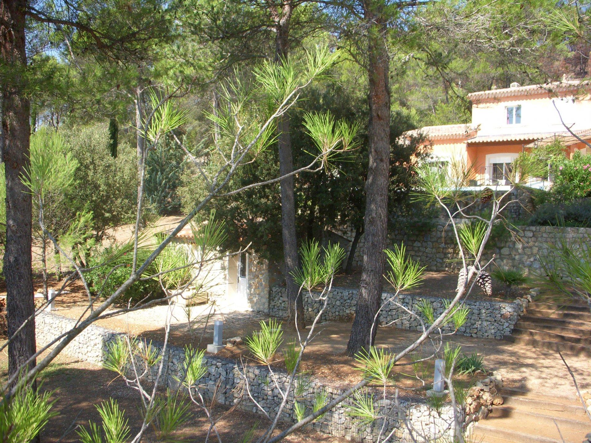 CORRENS TRES BELLE PROPRIETE ENV 350 M² SUR 1 HA