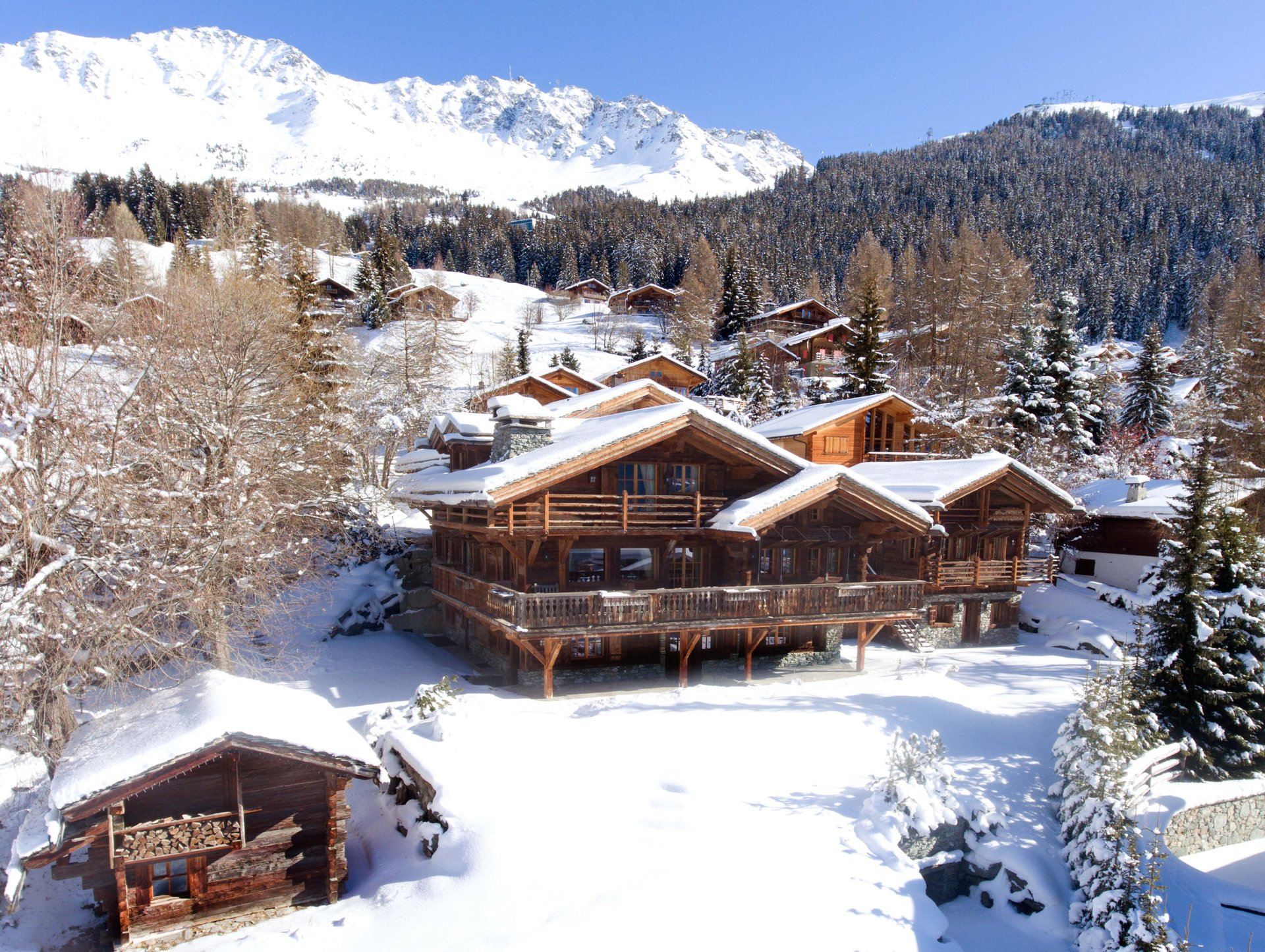 Verbier St-Bernard accommodation chalets for sale in Verbier St-Bernard apartments to buy in Verbier St-Bernard holiday homes to buy in Verbier St-Bernard