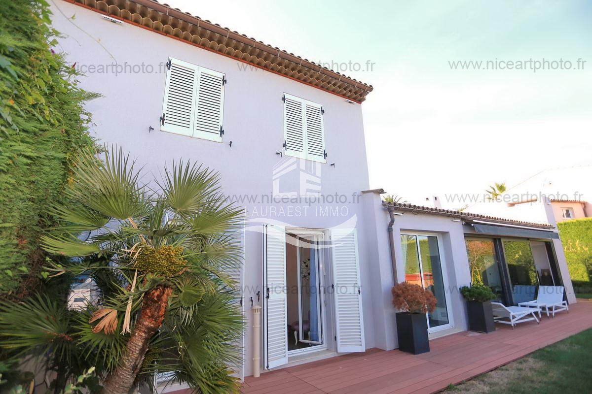 Sale House - Villeneuve-Loubet Hauts de Vaugrenier