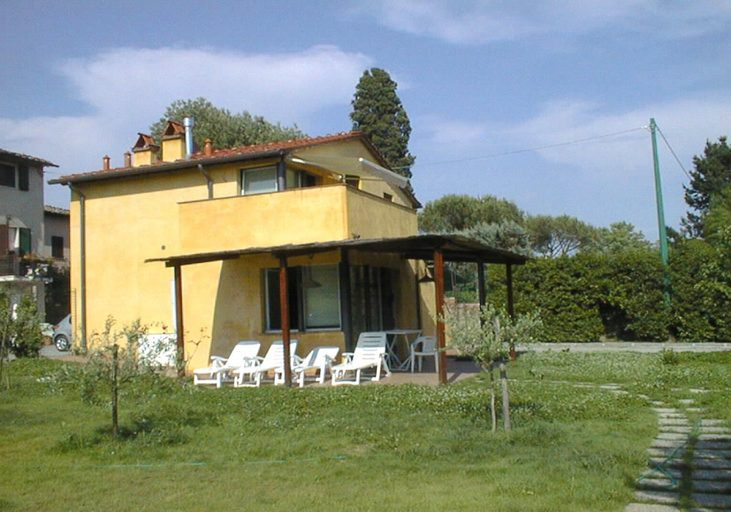 ITALIE, TOSCANE, LUCCA, MAISON AVEC PISCINE, 6 PERSONNES