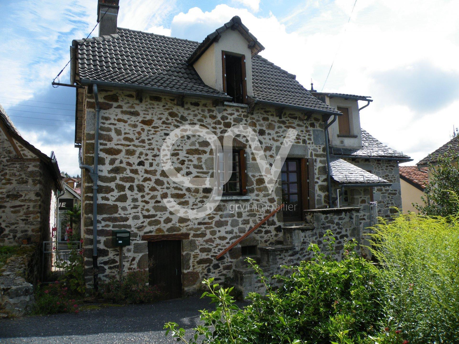 Sale Village house - Calvinet