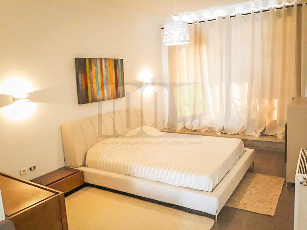 Location  appartement richement meublé a gammarth