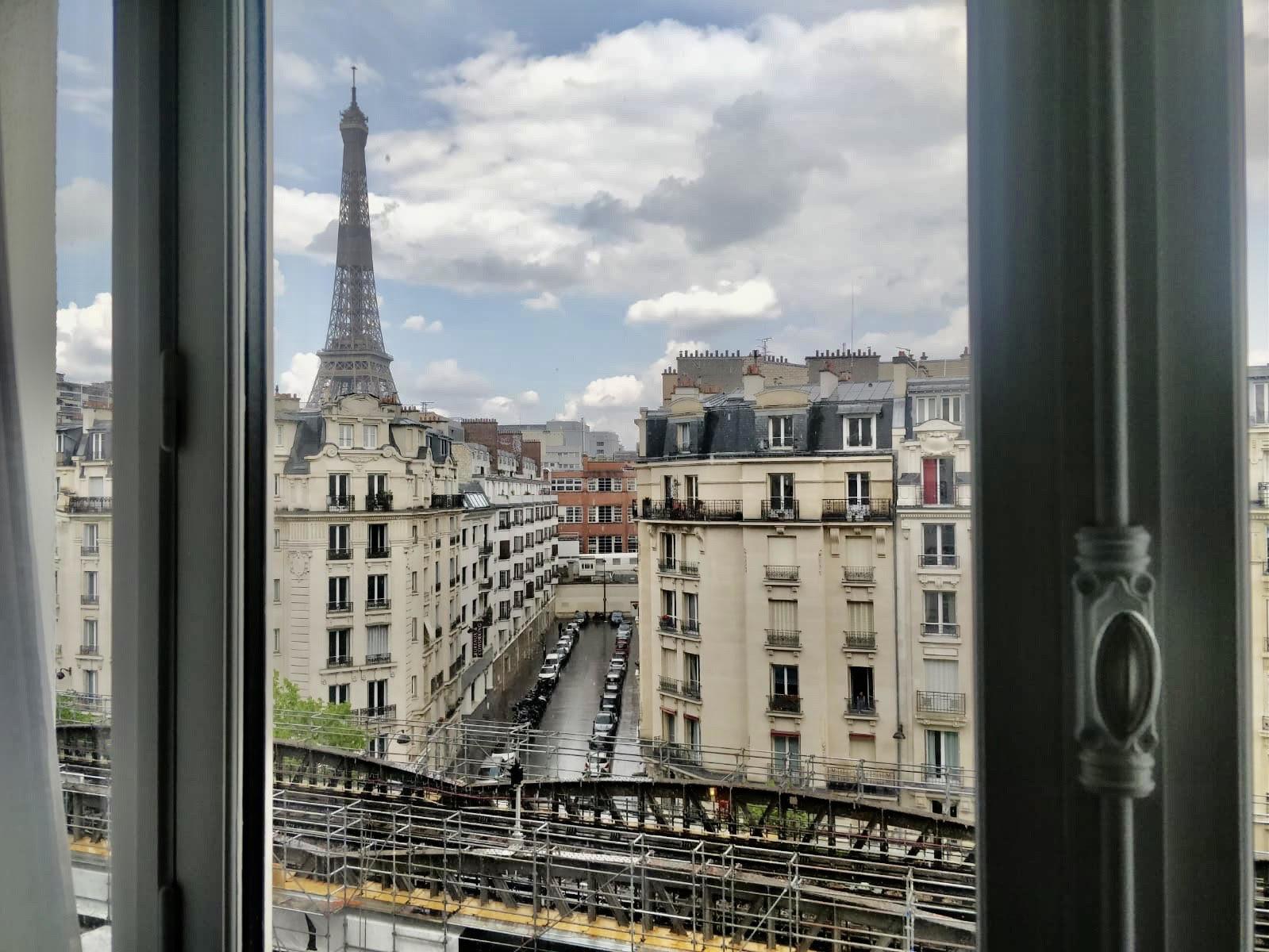 Продажа квартиры - 75015, 74m2, вид на Эйфелеву башню