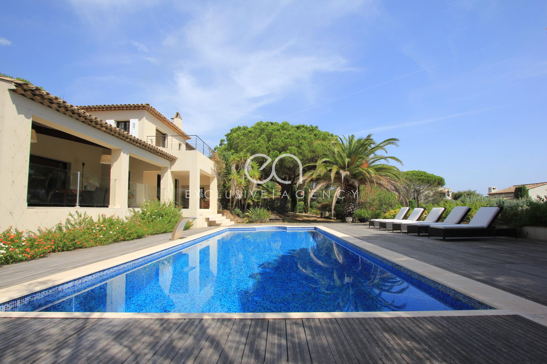For sale in Saint Tropez Magnificent villa with a sea view close to Club 55