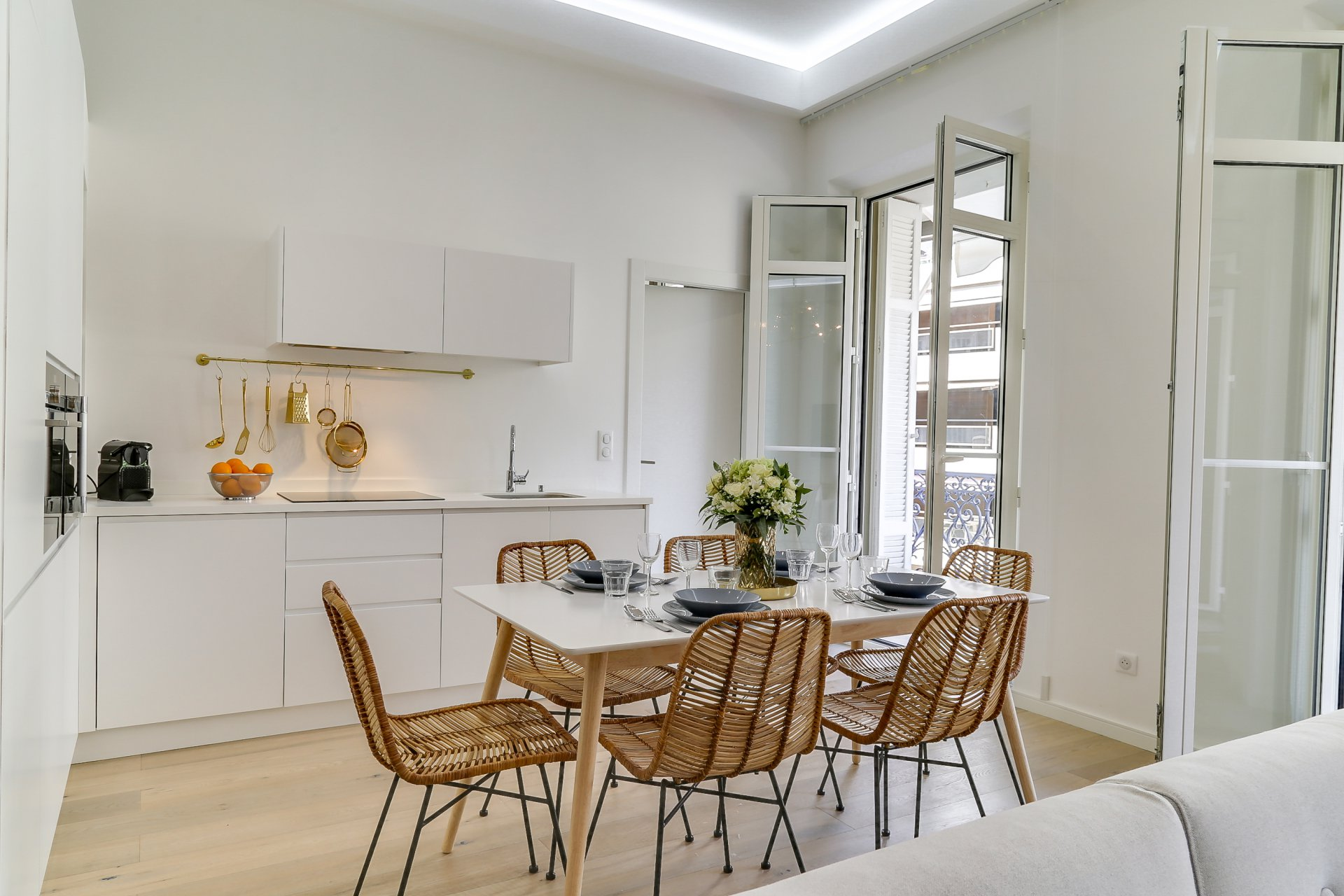 APPARTEMENT CONTEMPORAIN - CANNES CENTRE