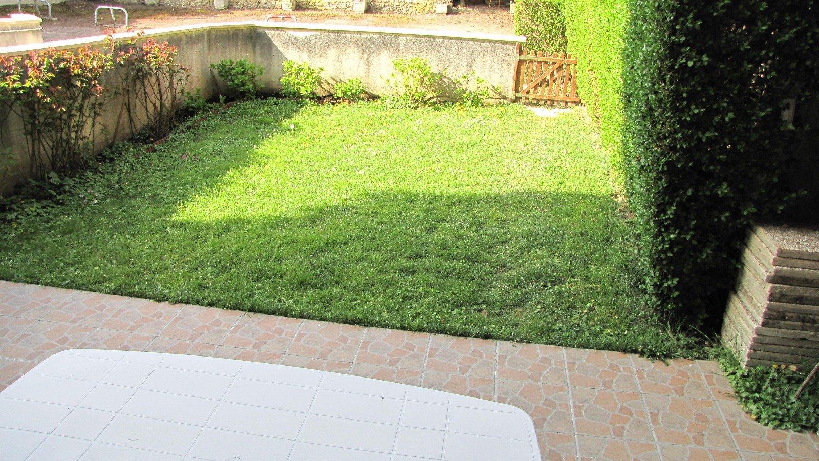 Location saisonnière 2 pc rez de jardin