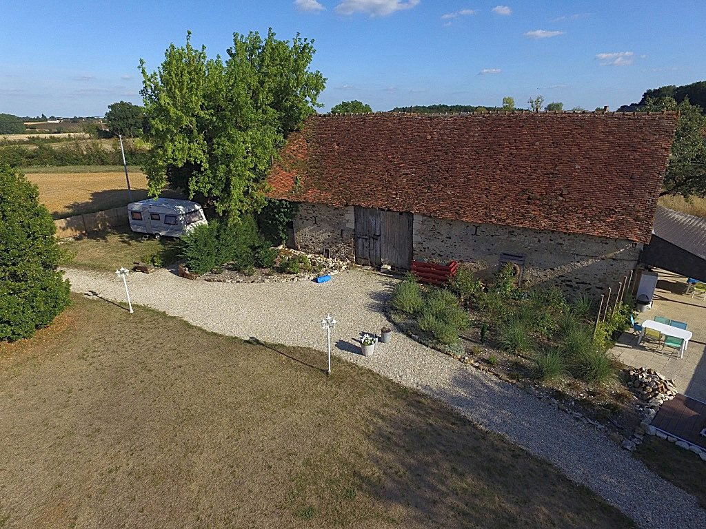 Property with swimming pool for sale in La Brenne, Indre 36