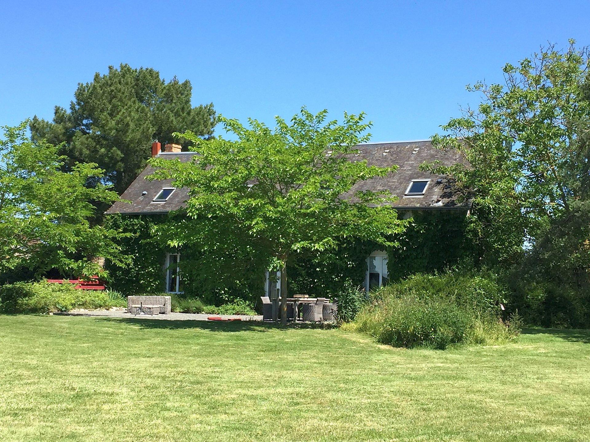 Propriété avec piscine à vendre dans La Brenne, Indre 36