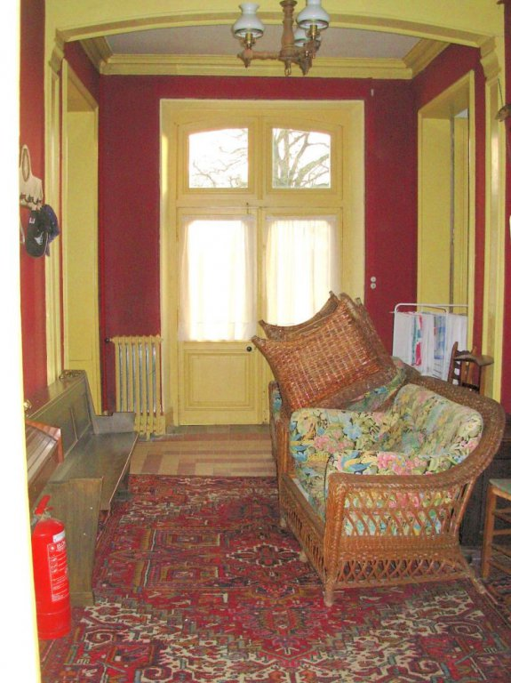 Near Montmorillon (Vienne 86): manor house with 10 bedrooms
