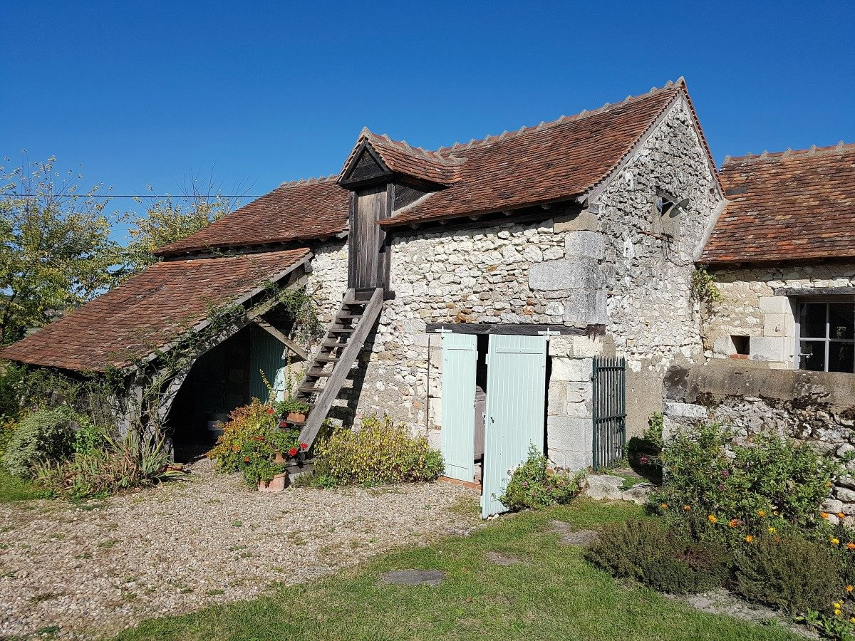 La Brenne, Indre: maison et gite, restauration haute qualité