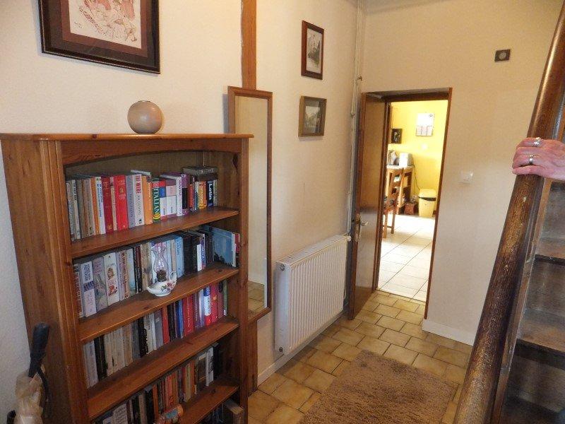 Geheel van 2 huizen met grond te koop in de Charente