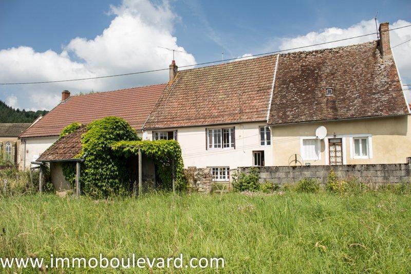 Belle maison avec jardin, garage et une ...