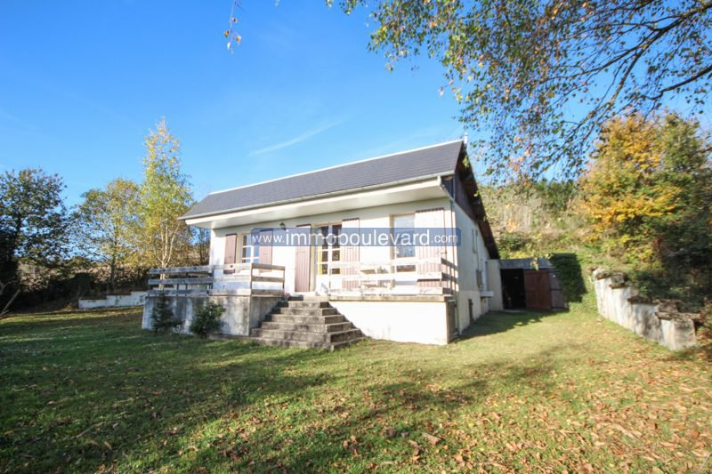 Nice holiday home for sale with amazing views in the Morvan, Burgundy