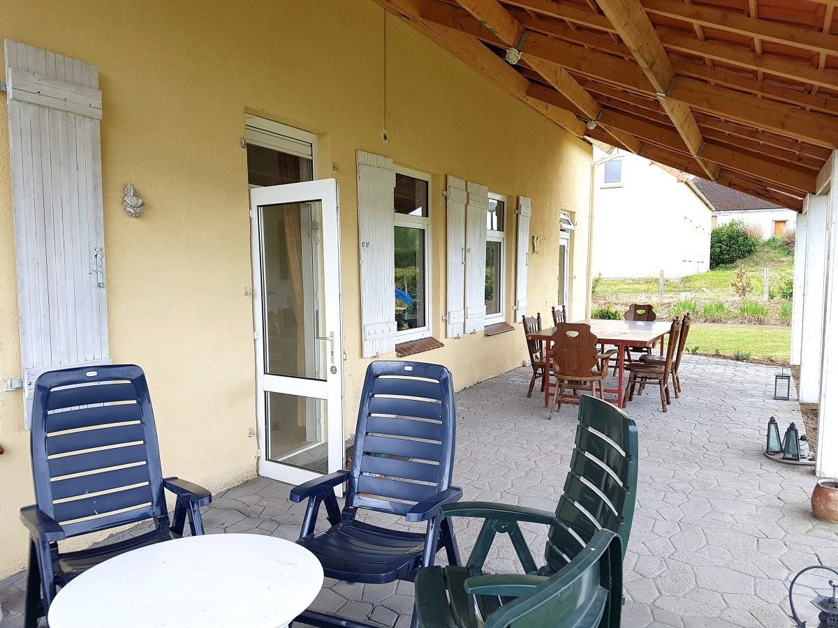 House with view for sale in Montmorillon region, Vienne 86
