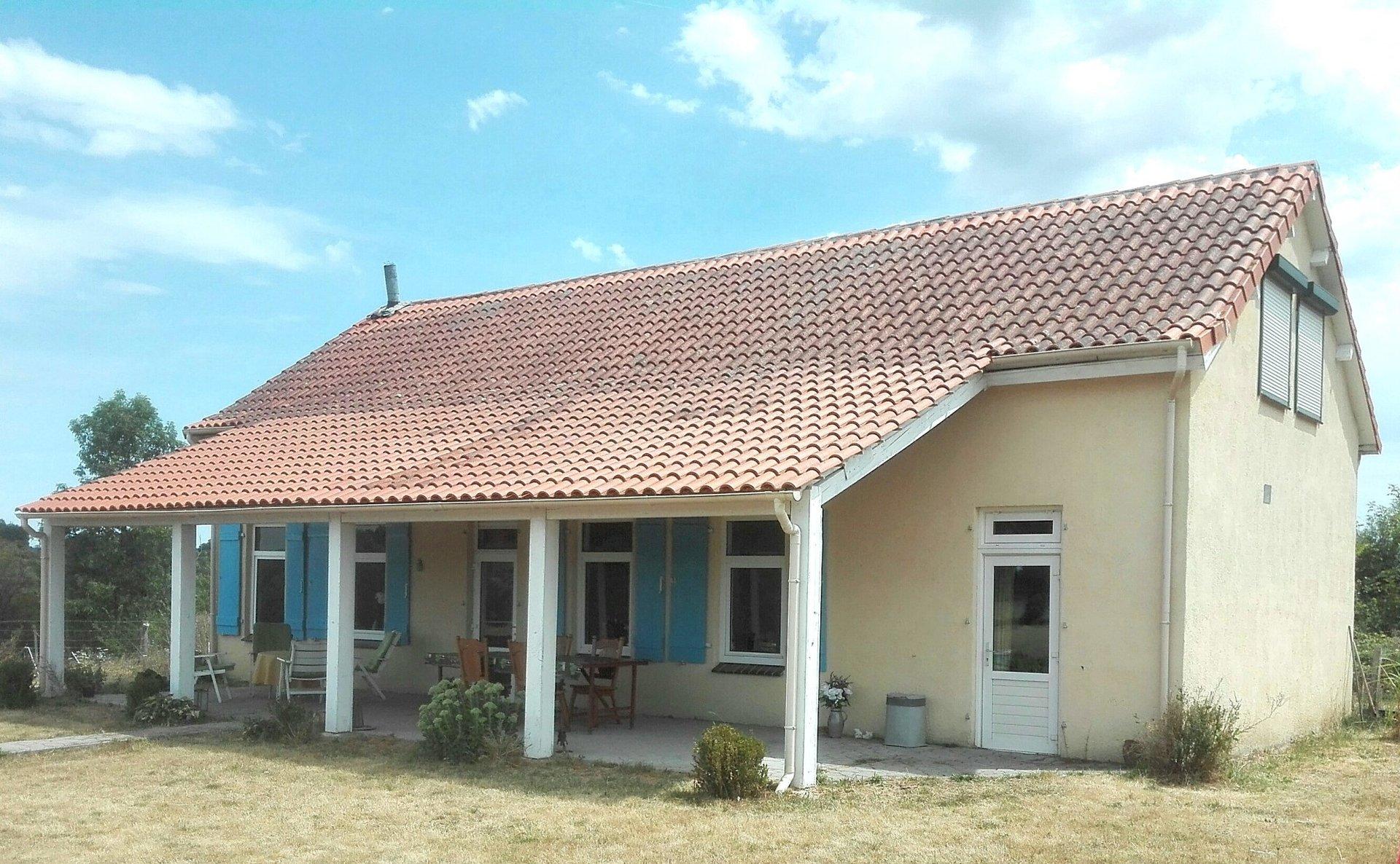 Haus mit Aussicht zu verkaufen bei Montmorillon, Vienne 86