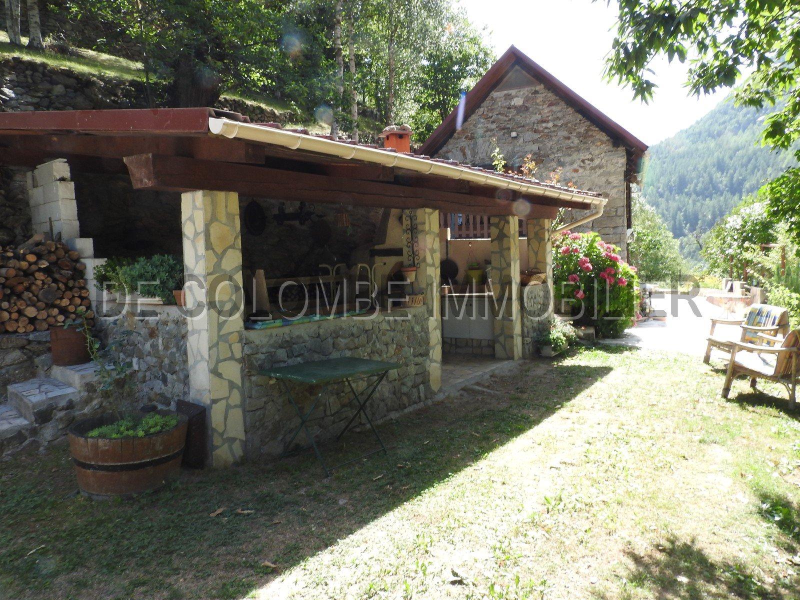 Sale House - Isola Village