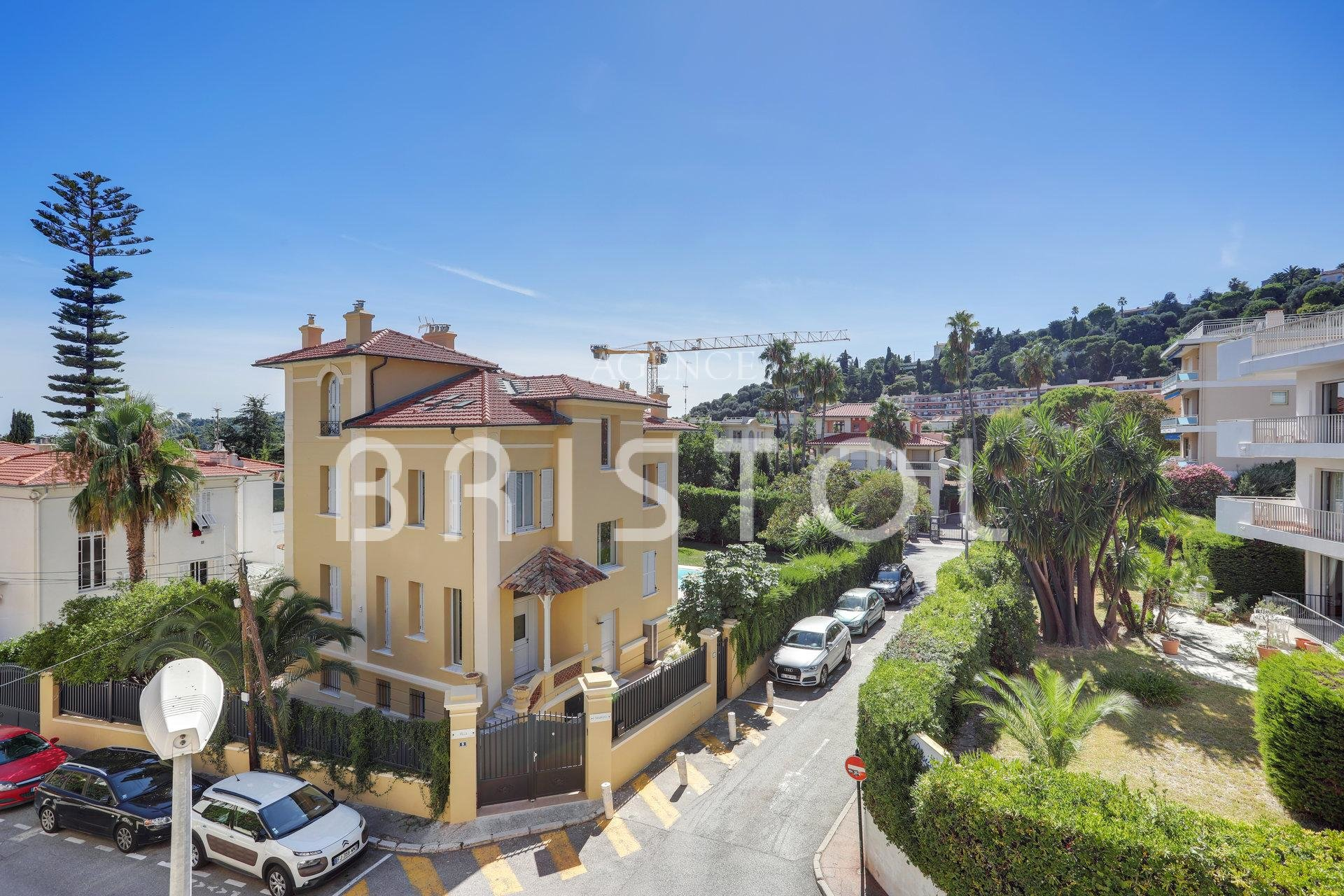 BEAULIEU SUR MER LUXURY APARTMENT FOR SALE