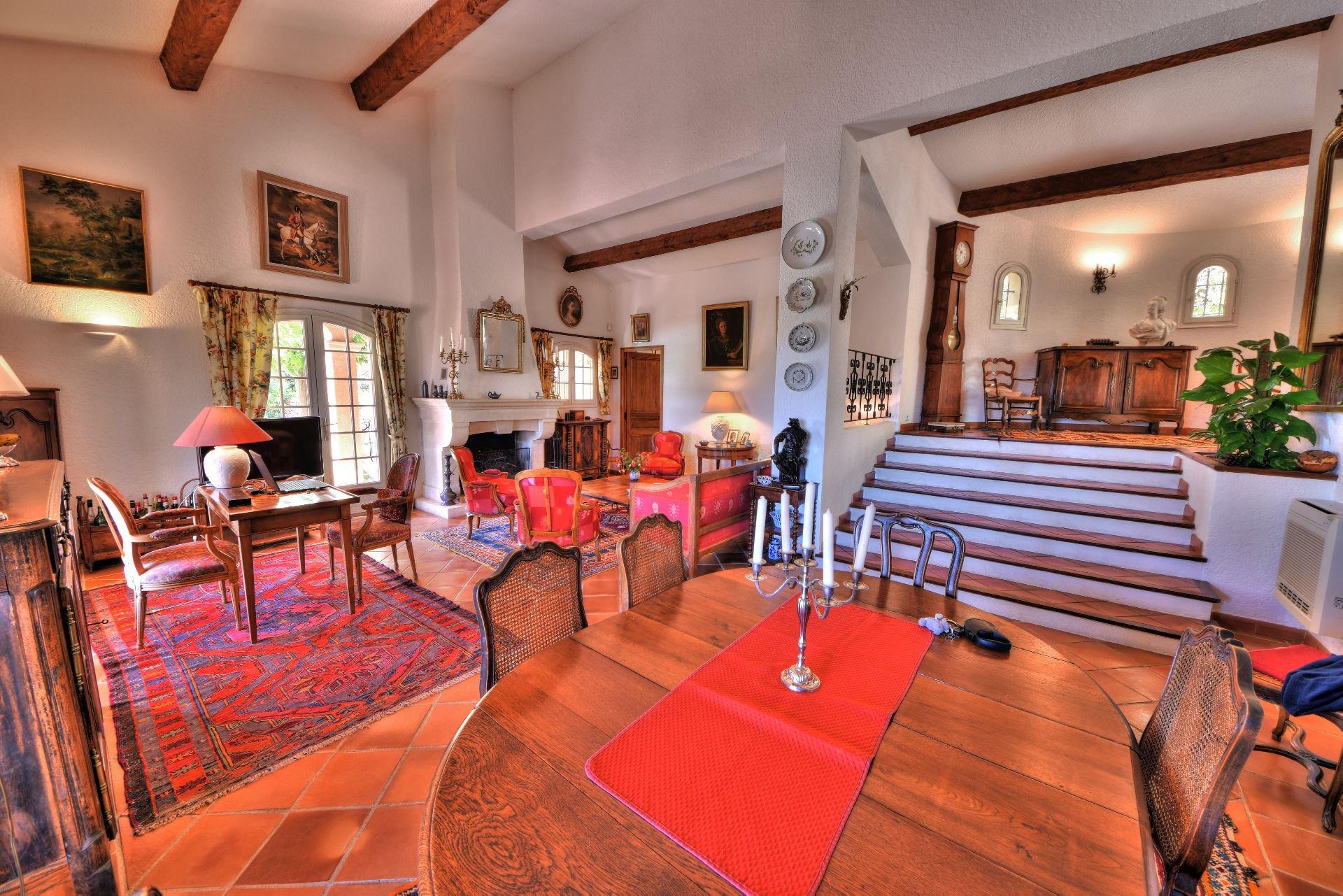 Living-room, natural light, fireplace, high ceiling, tile
